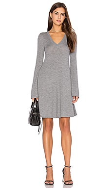 Flare Sleeve Sweater Dress in Grau meliert