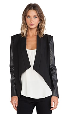 Abree Blazer in Black