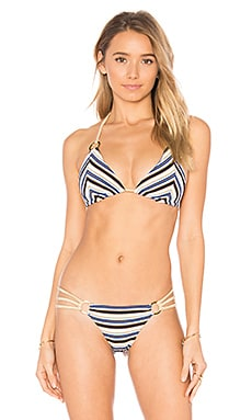 Out of Line Tri Bikini Top en Rayé