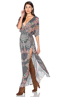Платье макси с глубоким v-образным вырезом - HEMANT AND NANDITA