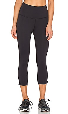 Beyond Yoga x Kate Spade High Waist Bow Capri Legging in Black
