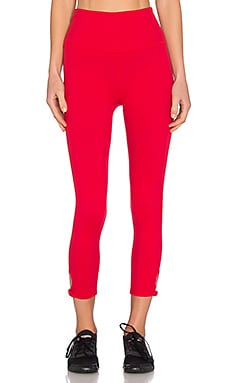 Beyond Yoga x Kate Spade High Waist Bow Capri Legging in Posy Red