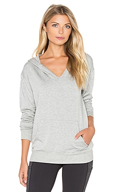 Beyond Yoga Cozy Fleece V Neck Hoodie in Heather Gray