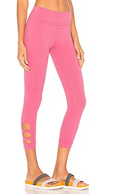Full Circle Cut Out Capri Legging
