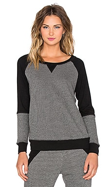 Beyond Yoga Honeycomb Blocked Pullover in Heather Grey