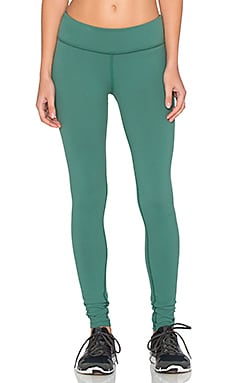 Beyond Yoga Essential Long Legging in Vine Green