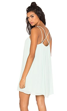 Strappy Pleated Dress en Vison