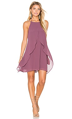 Backless Shift Dress en Dusty Eggplant