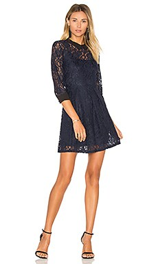 Lace Fit & Flare Dress en Azul Oscuro