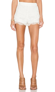 BCBGeneration Double Layer Short in Whisper White
