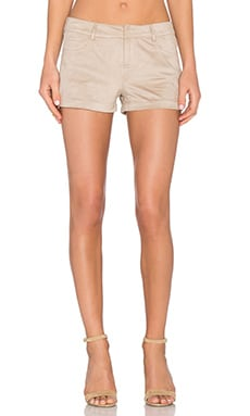 Faux Suede Short en Sable
