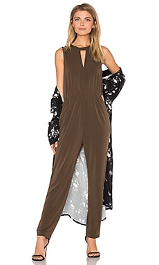 Triangle Front Jumpsuit en Coffeebean