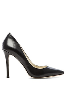 BCBGeneration Treasure Heel in Black