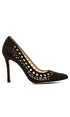 BCBGeneration Topaz Pump in Black