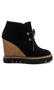 Nariska Wedge Bootie in Schwarz