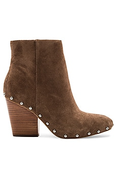 Jonnie Bootie in Mink Portogallo