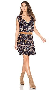 KYRA ドレス
