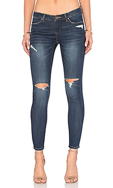 BLANKNYC Distressed Skinny in Pipe Dreams