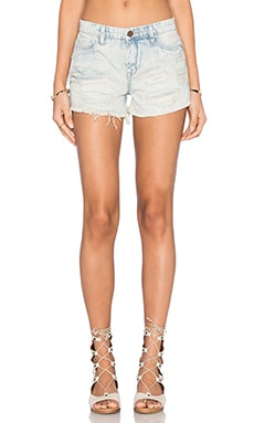 Distressed Short in Girl Code