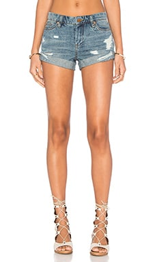 BLANKNYC Distressed Short in Low Key