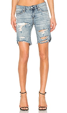 Distressed Short in Chills & Thrills