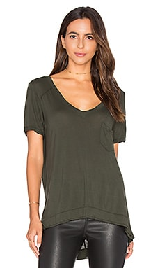 V Neck Pocket Tee in Olive Oil