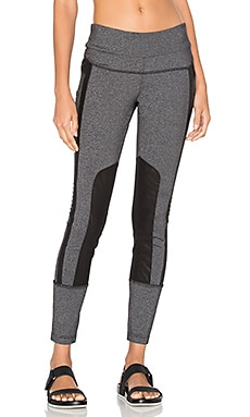 Performance Mesh Paneled Legging