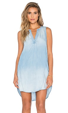 Bella Dahl Sleeveless Seams Dress in Bay Wash