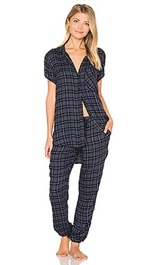 Margeaux Plaid Jogger PJ Set en Beacon Blue
