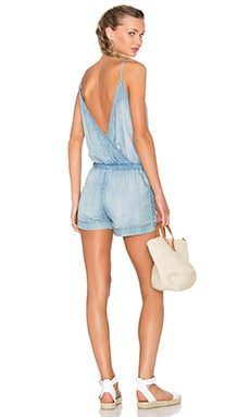 Cross Back Romper en Light Mist Wash