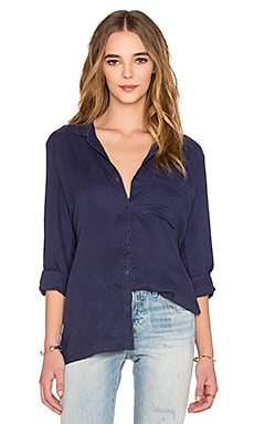 Bella Dahl Side Slit Tunic in Navy Night