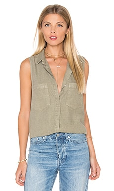 Sleeveless Boyfriend Shirt in Jungle Moss