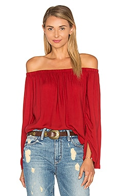 Bella Dahl Off The Shoulder Top in Brick Red