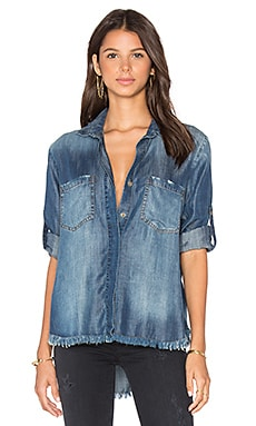 Frayed Hem Split Back Button Down в цвете Islay Wash