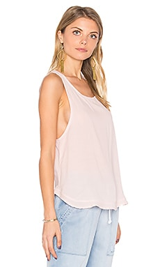 Ruffle Hem Tank in Tiki Stripe Wash en Cala Lilly