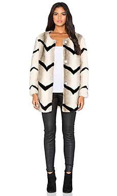 BLQ BASIQ Faux Fur Jacket in Cream