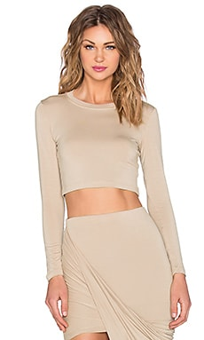 x REVOLVE Exclusive Long Sleeve Crop Top en Nude