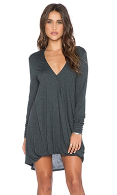 Long Sleeve Cassidy Dress en Charcoal