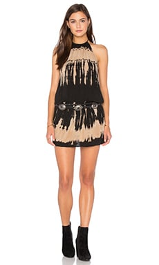 Island Halter Dress en Black Sand Beach