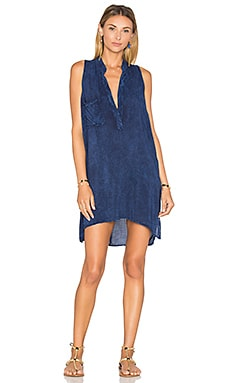 Sleeveless Shift Dress in Indigo Acid Wash