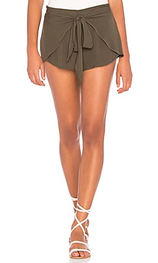 Wrap Star Short
