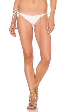 Tribal Tie Side Bikini Bottom en Sable Blanc