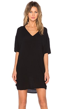 Bella Luxx Oversized V Neck Dress in Black