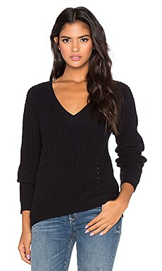 Bella Luxx Relaxed V-Neck Sweater in Black