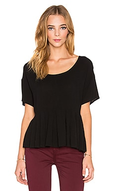 Bella Luxx Pleated Woven Tee in Black