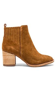 Noa Bootie Blondo $152