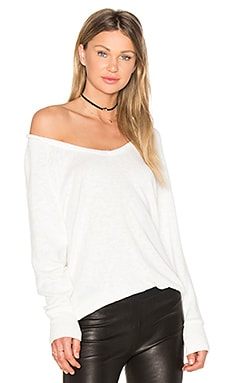 Marled Knit V Neck Sweatshirt in White
