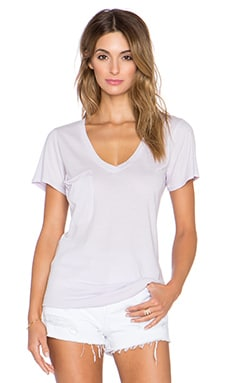 Bobi Light Weight Jersey V Neck Pocket Tee in Sweet Lilac