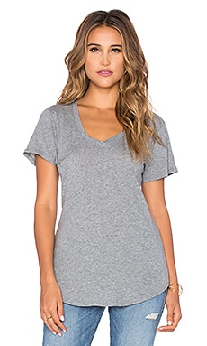 Bobi Light Weight Jersey Pocket V Neck Tee in Thunder