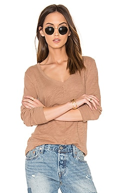 Cotton Slub V Neck Long Sleeve Tee in Java